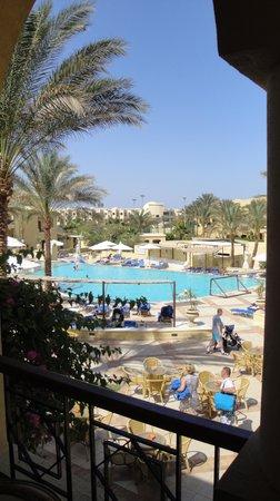 Sol Y Mar Makadi Sun: Вид на бассейн из номера