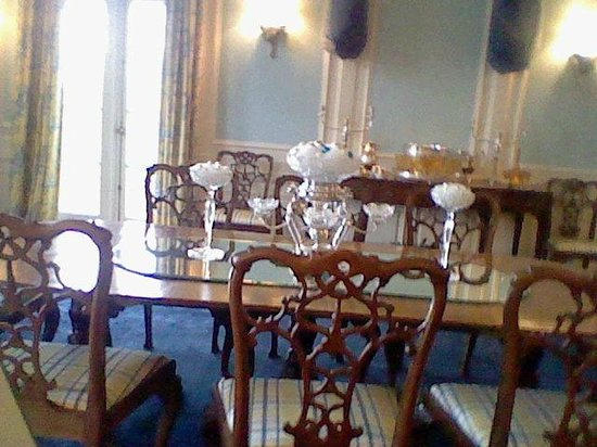 Oldfields-Lilly House and Gardens: Dining Room