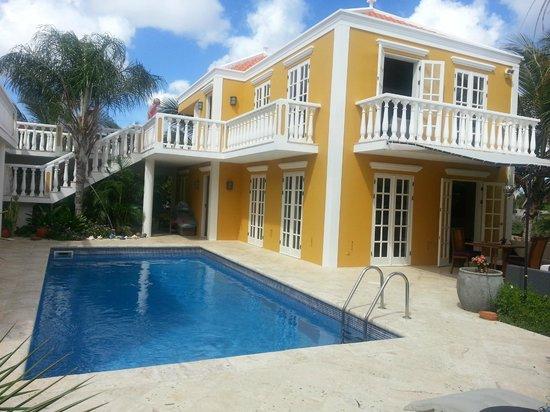 Villa Eco Bonaire: Houses with pool area!