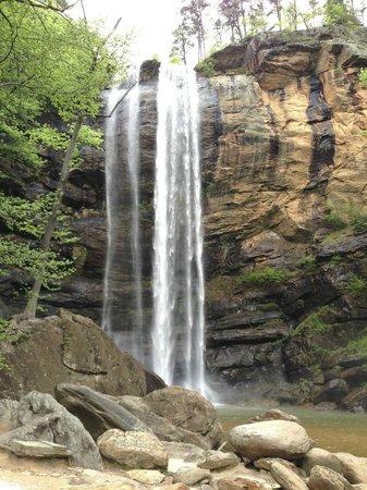 Stovall House : nearby Taccoa Falls