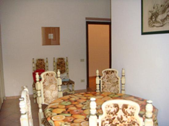Sala Da Pranzo Picture Of B B Il Mare Civitavecchia