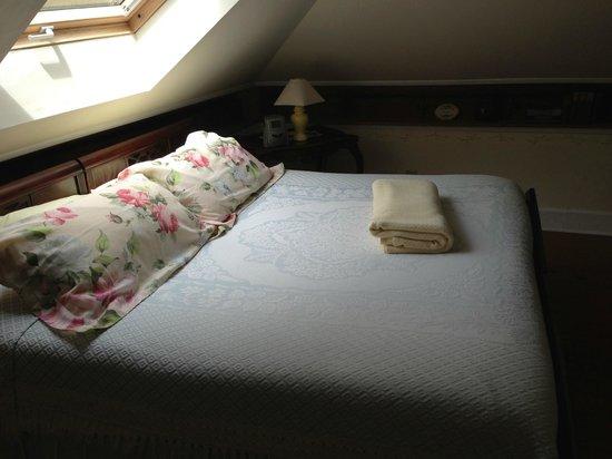 ذا ستوفال هاوس: King bedroom