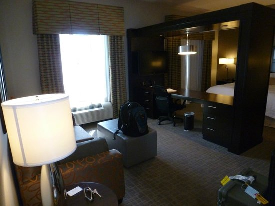 Hampton Inn & Suites Shreveport-South: View of the desk area