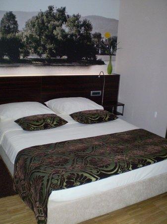 Hotel Jarun: Double bed