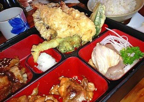 Miyo's : Tempura, Chicken Teriyaki, Sashimi Dinner Combo