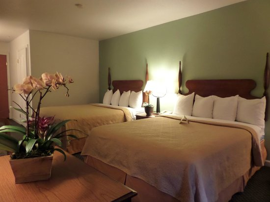 Quality Inn Tulare: 2 Queen Bedroom