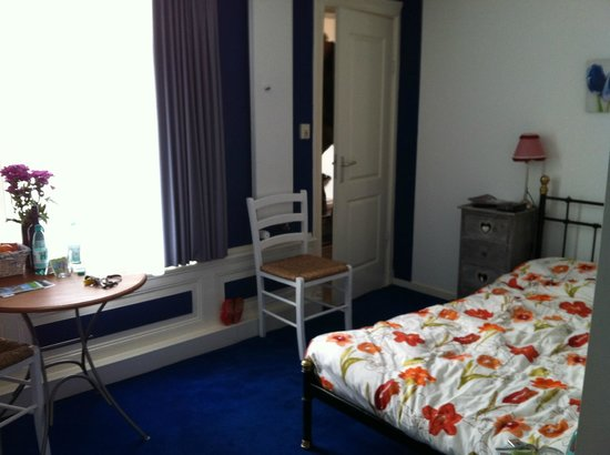 Tulip of Amsterdam B&B: Room