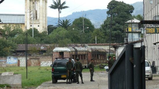 Tren Turistico de la Sabana: Da rostet der Rest der kolumbianischen Eisenbahn