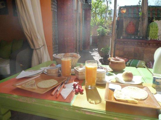 Riad CharCam : Un bon petit déjeuner pour bien commencer la journée