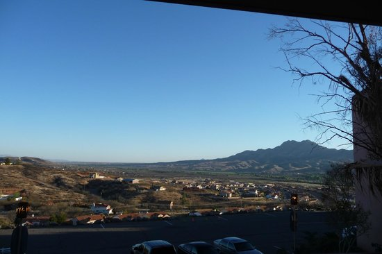 Esplendor Resort at Rio Rico: Big sky morning view