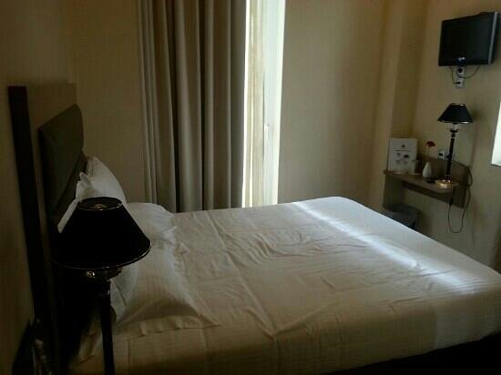 Athens Lotus Hotel : room