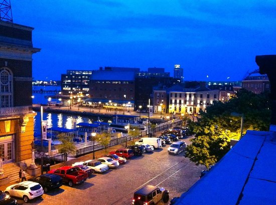 Celie's Waterfront Inn: View from the rooftop deck