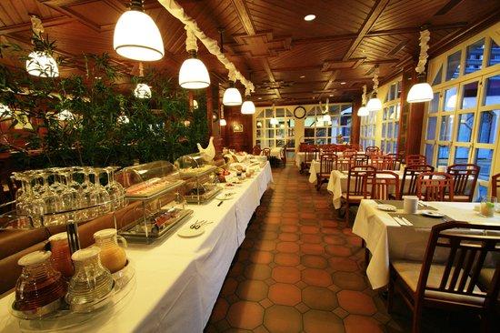 Hotel Olten breakfast