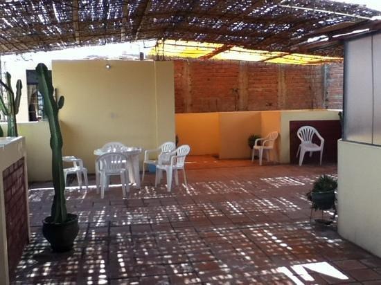 Hospedaje Yemaya: roof terrace - simple but pleasant