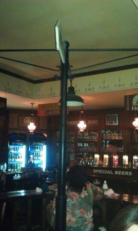 Sullivan Inn: tavoli centrali