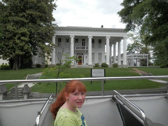 Chattanooga Double Decker : Historic House