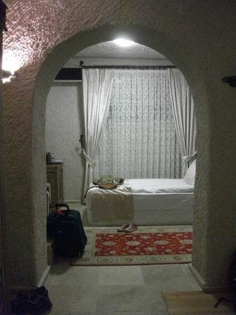 Goreme Inn Hotel: Part of our bedroom (we had a room for 3 people)