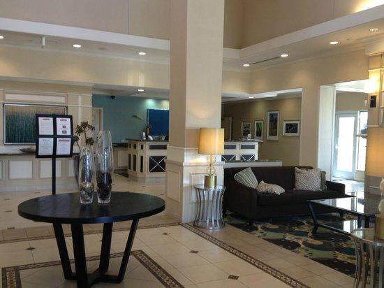 Hilton Garden Inn San Bernardino: Lobby/Reception