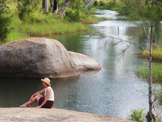 Granite Gorge Nature Park: Swim in the weir