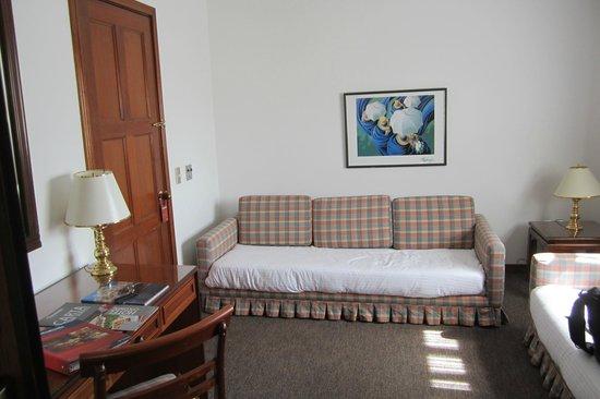 Hotel Colonial Paipa: Extraroom!