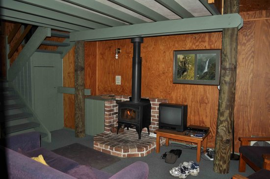 Jemby-Rinjah Eco Lodge: Downstairs treetops cabin