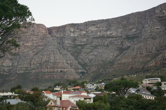 Kensington Place: Looking back towards Table Mountain from our balcony