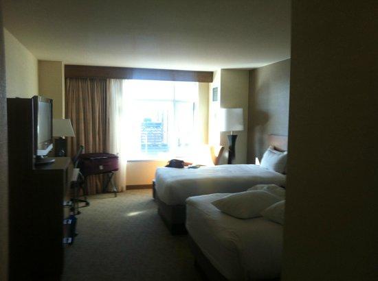 โรงแรมไฮแอทรีเจนซี่ เดนเวอร์แอทโคโลราโด คอนเวนชั่นเซ็นเตอร์: spacious room