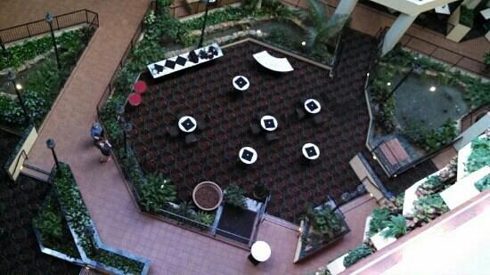 Holiday Inn University Plaza - Bowling Green: Atrium set for college graduation buffet.