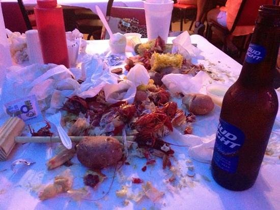 Crazy Cajun Seafood Restaurant: after I finished the Hungry Cajun Meal.