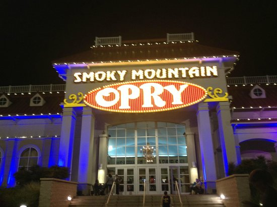 Smoky Mountain Opry Pigeon Forge 2019 All You Need To