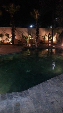 Rambutan Resort - Phnom Penh: Pool area at night