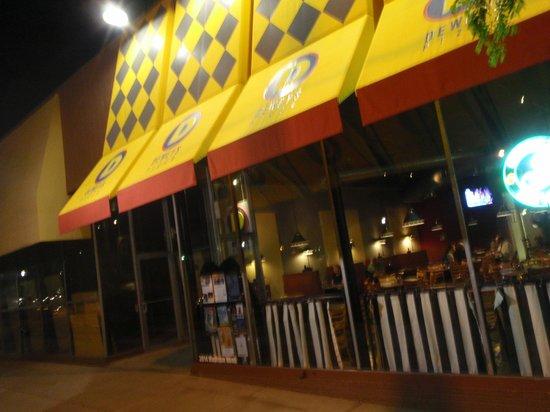 Dewey's Pizza: Street View