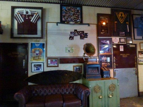 Bojangles Saloon & Restaurant. : Interior
