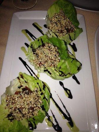 Terra Bistro : quinoa wraps