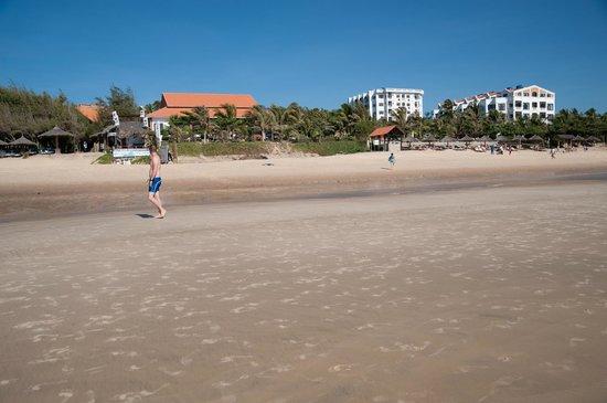 Muine Ocean Resort & Spa: Вид с пляжа