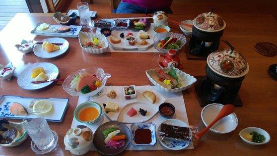 Hotel Nanpuso: breakfast (do not be mistaken, it is that much)