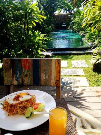 Uma Karan: breakfast view