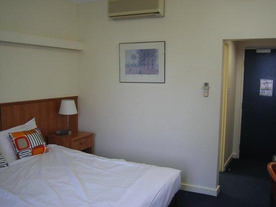 Comfort Hotel Perth City: 部屋2