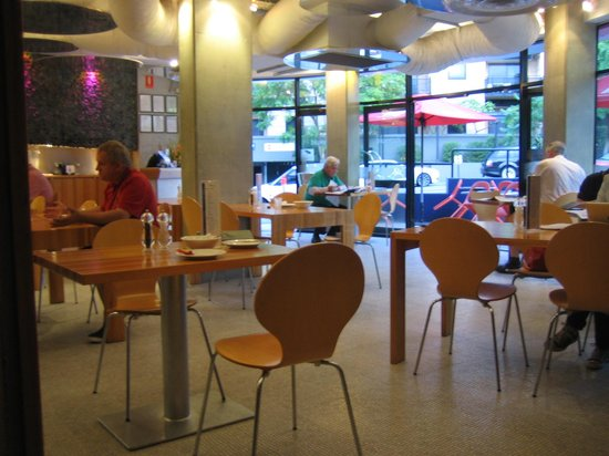 Comfort Hotel Perth City: レストラン