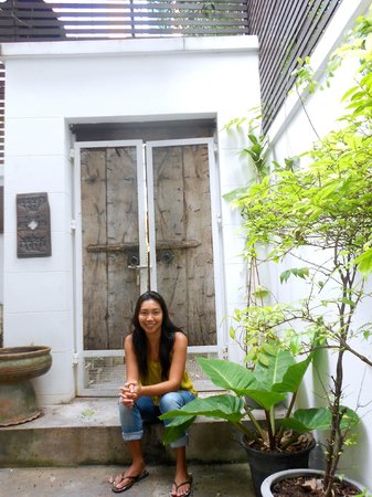 Littlest Guesthouse: Ann, Guesthouse Owner