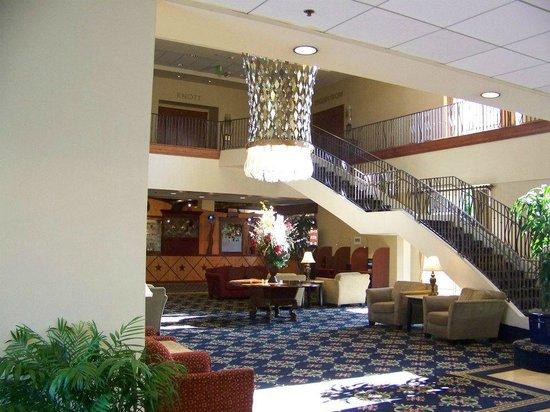 Knott's Berry Farm Hotel: Hotel Lobby