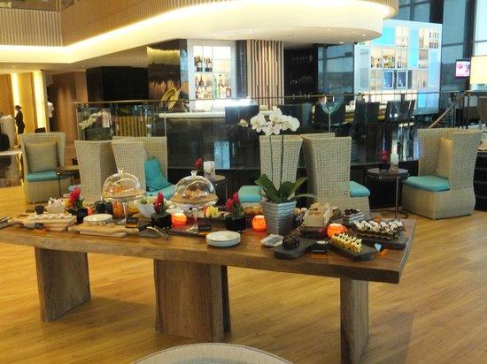 بان باسيفيك أوركارد: High Tea Lobby Lounge