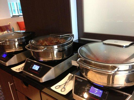 Swissotel Sydney: Executive Club lounge - breakfast