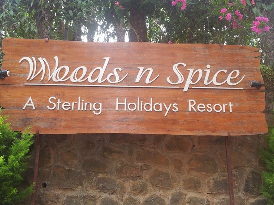Thekkady - Woods n Spice, A Sterling Holidays Resort: Resort sign board