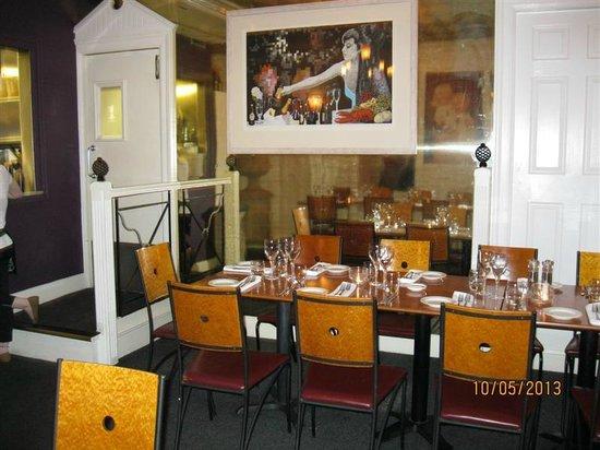 Cafe 1 : Interior
