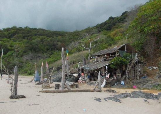 "Nui Beach (Haad Nui): ""Robinson's"" - abandoned business on Nui Beach"