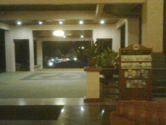 Hotel Seri Malaysia Melaka: hotel lobby area