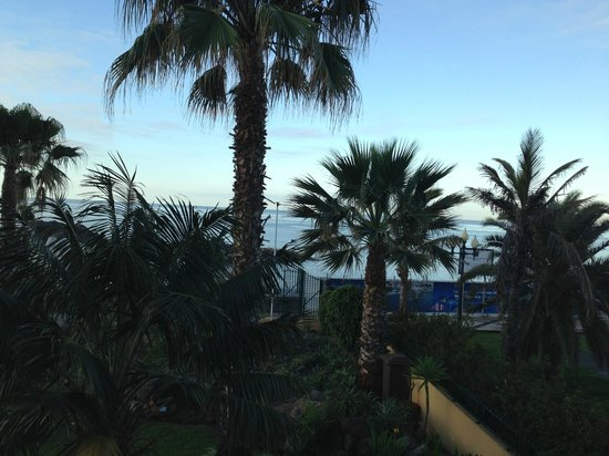 Porto Santa Maria Hotel: Sunset view from the room
