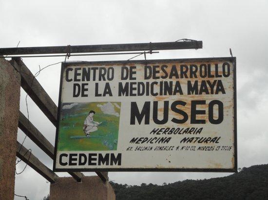 Mayan Medicine Museum : Museo de la Medicina Maya