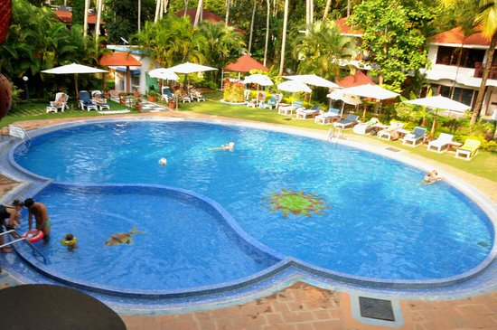 Akhil Beach Resort: nice and big pool